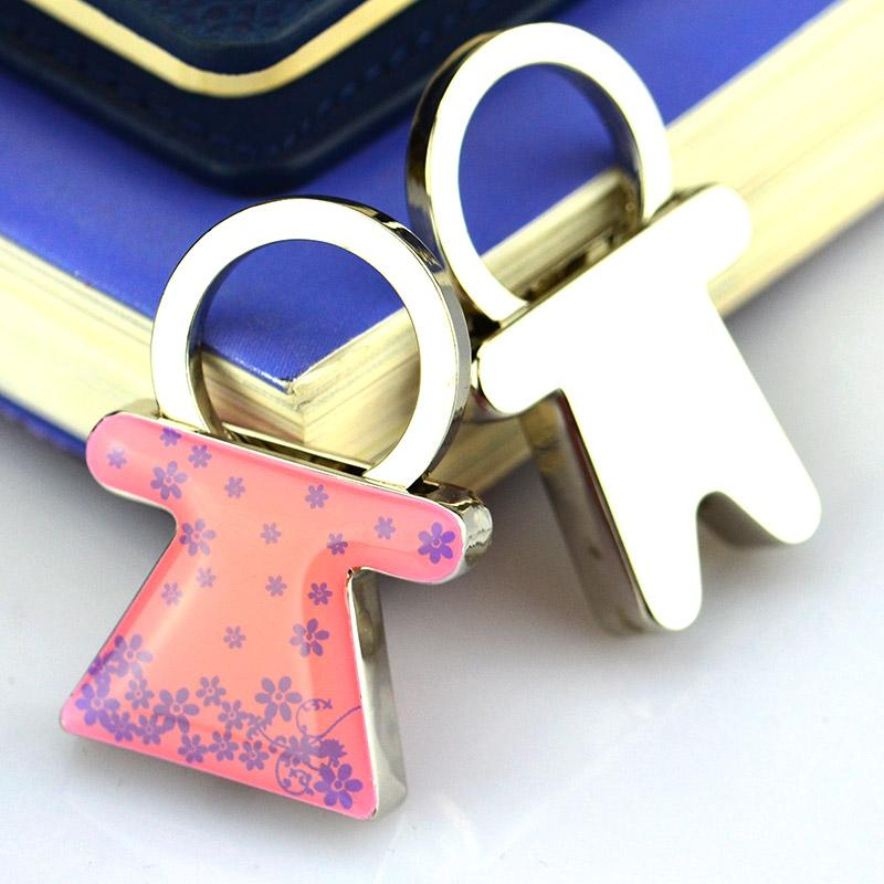 Customized cheap metal keychain discount