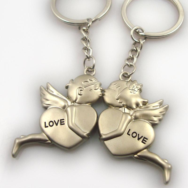 Wholesale metal couple boy and girl keychain love you