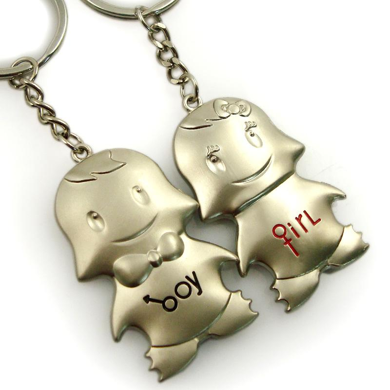 High quality metal couple keychain manufacturer