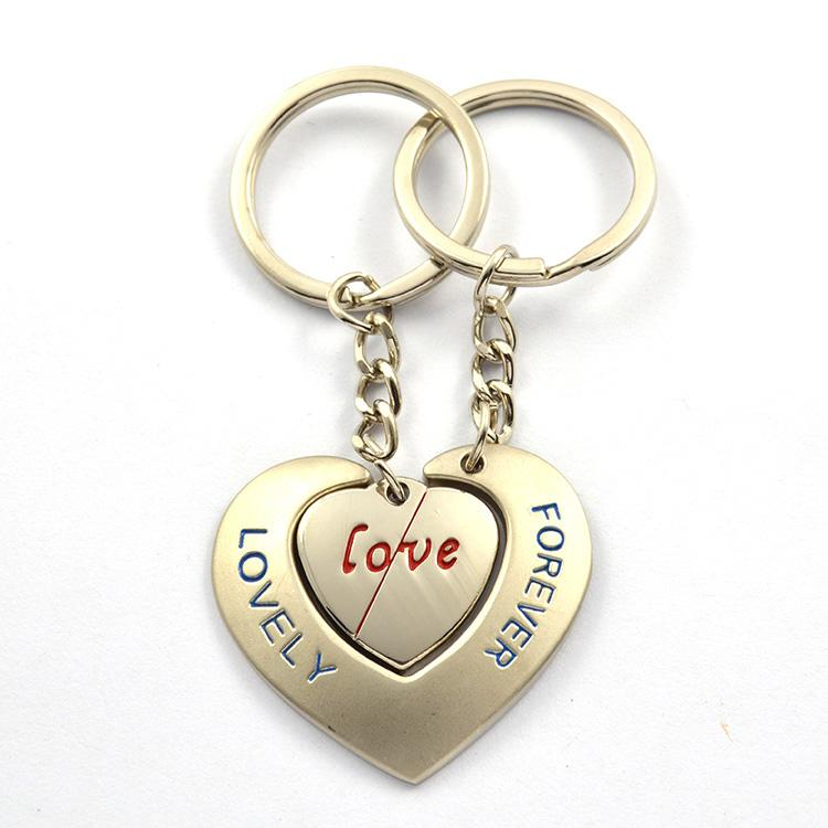 Promotion Customized Love Keychains Keyrings For Him