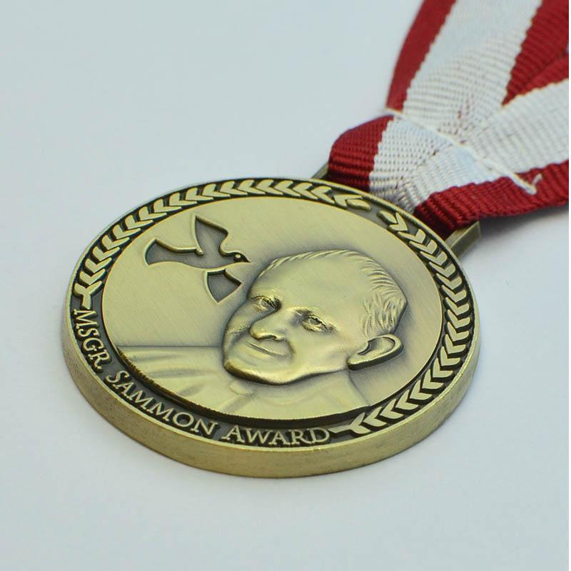 Free Sample Custom Antique Gold Medals And Trophies